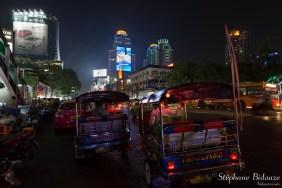 tuk-tuk-central-world-bangkok