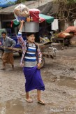 women-carrying-head-myanmar