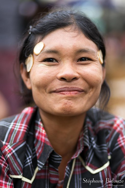 vendeuse-portrait-myanmar