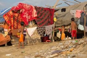taudis-pauvreté-mandalay-enfants
