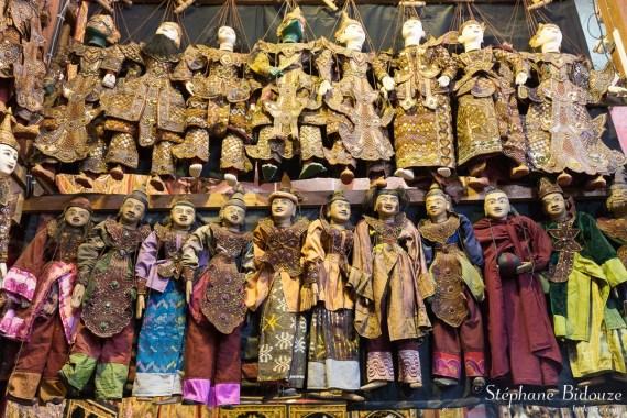 Marionettes en bois