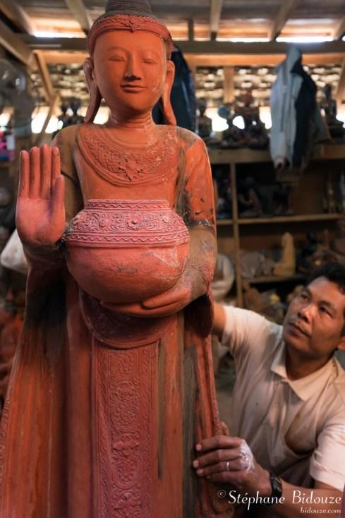 statue-artiste-mandalay-myanmar