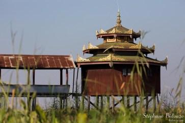 monastere-Nga-Phe-Kyaung-inle-lac