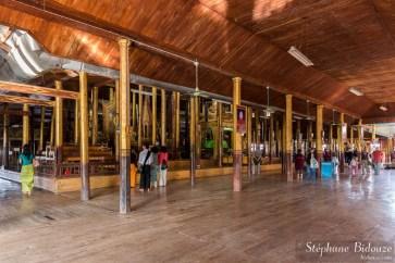 Nga Phe Kyaung ( le monastère des chats sauteurs)