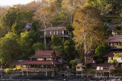 mai-pai-baie-lanta-maisons-resorts