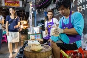 noix-coco-vendeur-bangkok