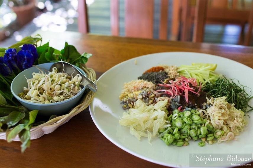 Kao-Yum-trang-sud-cuisine-thailande