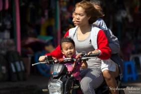 moto-thailande-petite-fille