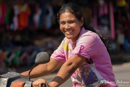 sourire-thailande-femme