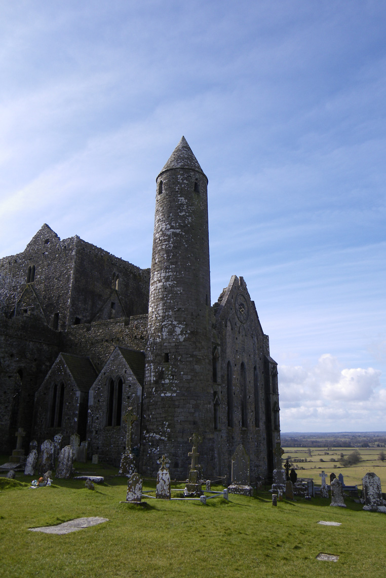 Rock-of-cashel-7