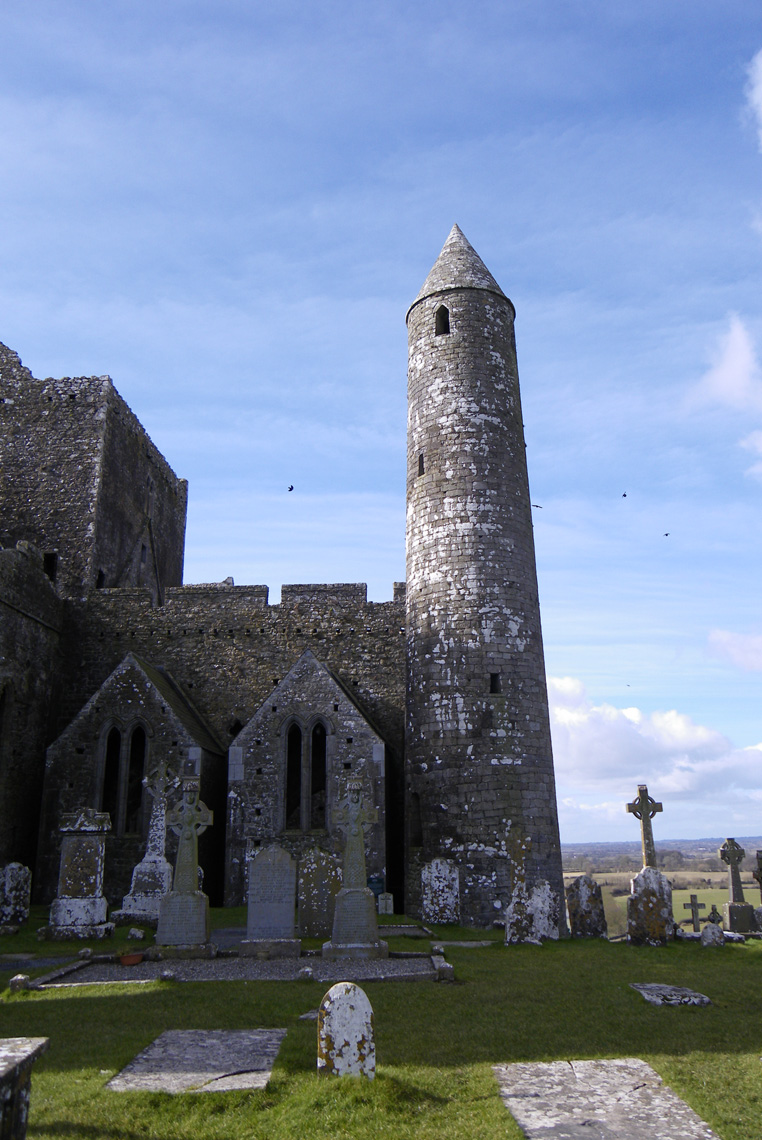 Rock-of-cashel-8