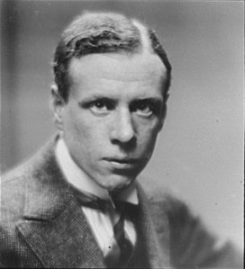 Photo of Sinclair Lewis.