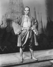 """Photo of Yul Brynner on the set of """"The King and I."""""""