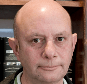Photo of Nick Hornby.