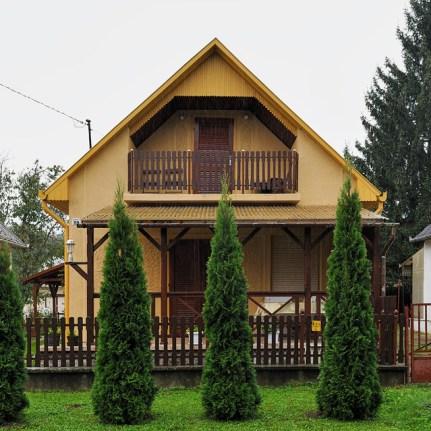 Holiday Homes 04