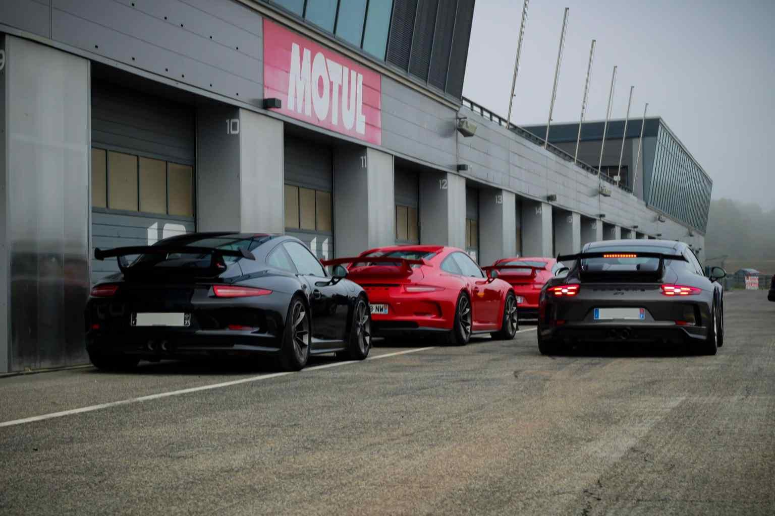 911 GT3 gang