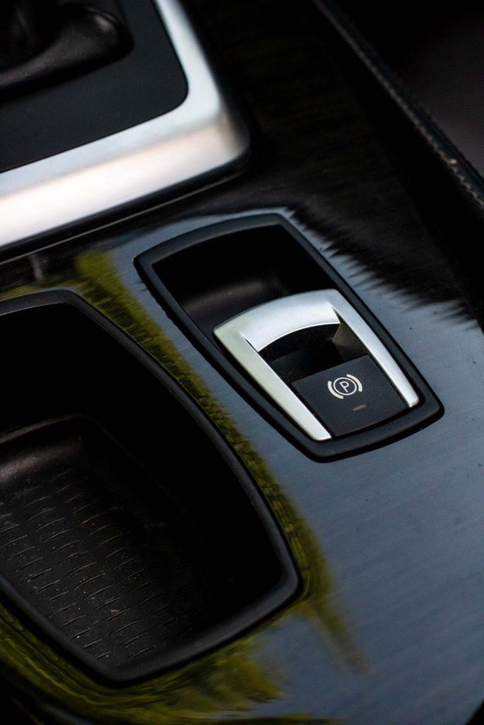 BMW Z4 28i frein de parking