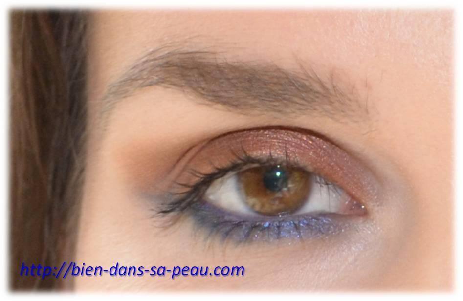 maquillage cuivré et bleu roi underliner