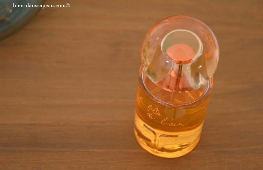 la-fille-de-lair-courrèges-parfum-revue