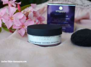 Hyaluronic Hydra-Powder By Terry