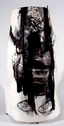 Henrique do Vale 1998 CAMBAIA Mista s/ Papel 70 x 150 x 87 cm