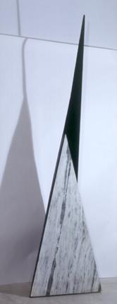 Zulmiro de Carvalho 1982 S/ TÍTULO Escultura em Mármore e Ferro 400 x 50 x 50 cm