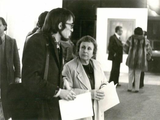 Agustina Bessa-Luís e Joaquim Matos Chaves na II Bienal Internacional de Arte de Cerveira, em 1980.