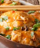 tentadora pechuga de pollo en salsa de pimiento