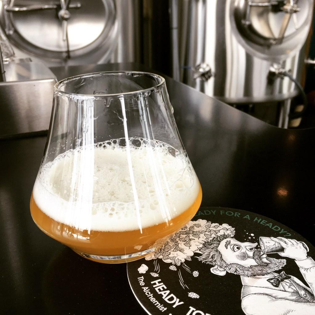 katchouk-biere-trotter-gourmande-trip-de-filles-vermont-alchemist-verre