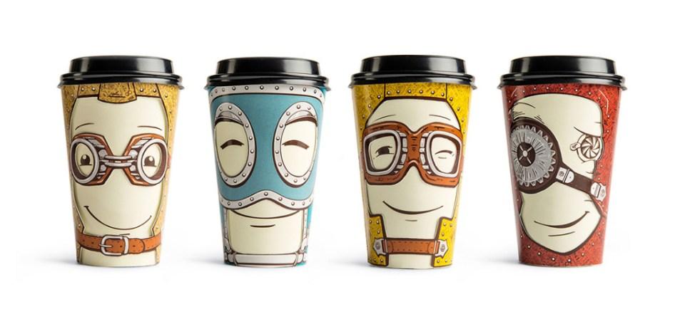fire kaffekopper med ansikt