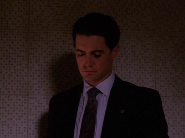 Twin-Peaks-Season-2-Episode-4-3-6c1c