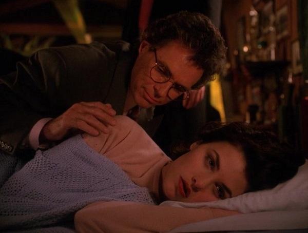 Twin-Peaks-Season-2-Episode-6-18-c10d