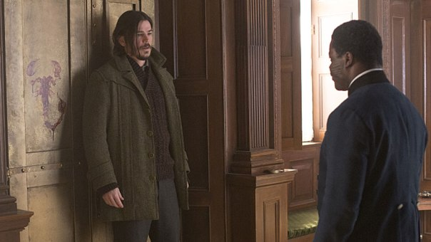 josh-hartnett-as-ethan-chandler-and-danny-sapani-as-sembene-in-penny-dreadful-season-2-episode-9-photo-jonathan-hession_showtime