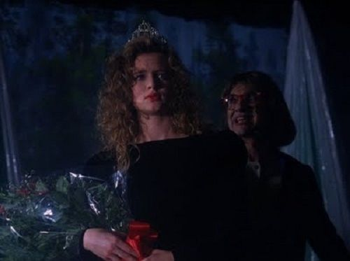 5560937_twin-peaks-revisited-episode-29--miss_d8fa75e9_m