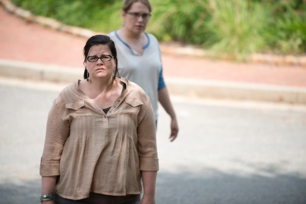 Olivia-in-The-Walking-Dead-Season-6-Episode-5