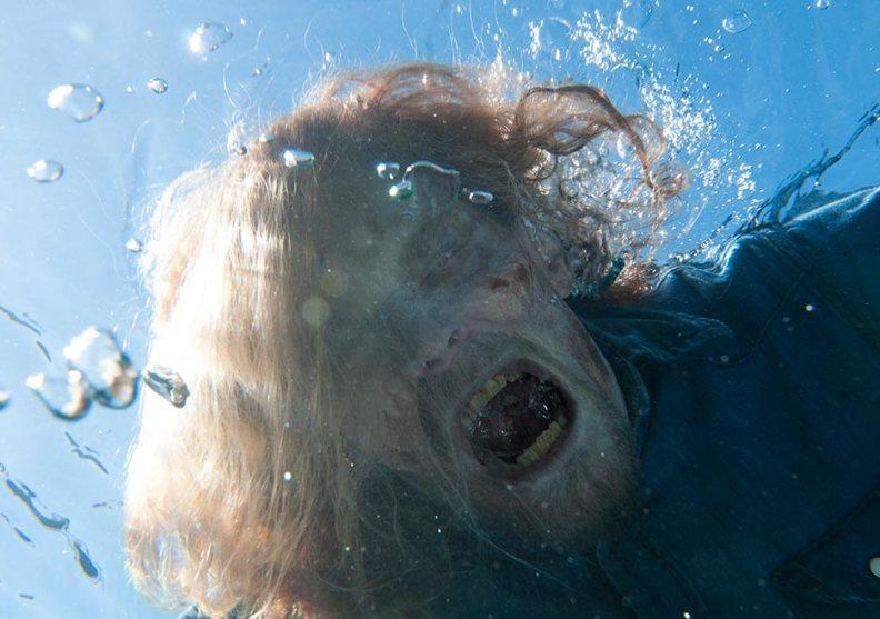 fear-the-walking-dead-episode-201-gallery-walker-935