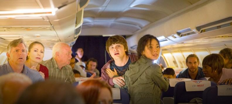 fear-the-walking-dead-flight-462-1600x720