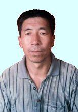 尚水池,男,四十九歲,河南禹州無梁鎮無梁中學體育教師。