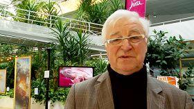 法國汝拉省參議員熱拉爾•貝利在美展上