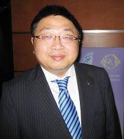華人議員胡煜明先生多次觀看神韻演出