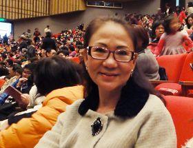 韓僑舞蹈退休教師周鴻蘭女士觀賞神韻後表示,內心充滿著無比的感動及感恩之情。