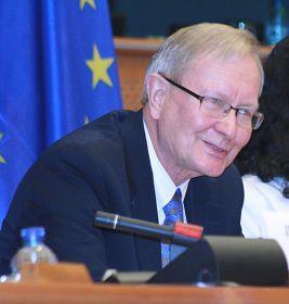 來自愛沙尼亞的歐洲議會議員克蘭先生(Tunne