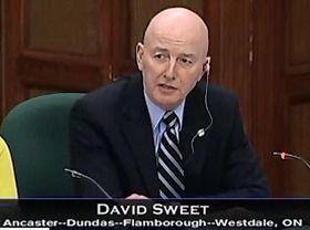 '加拿大國際人權委員會委員大衛﹒斯威特'
