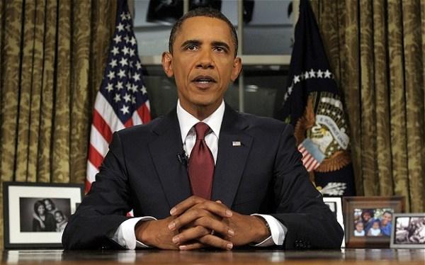 Barack-Obama-at-hi_2437130b