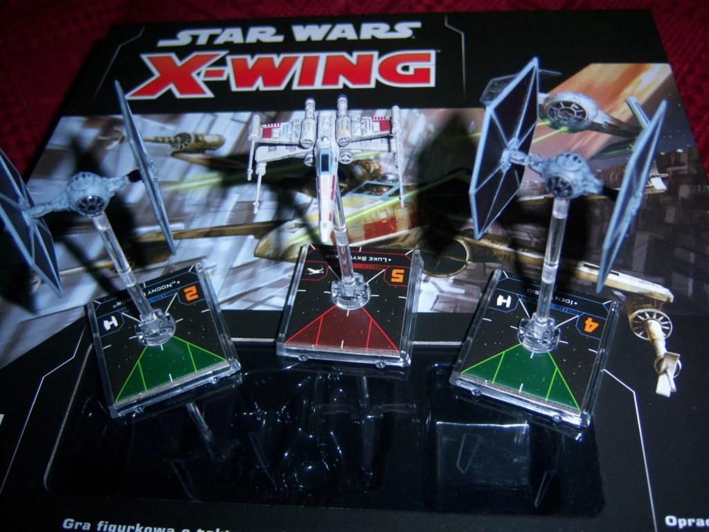 X-wing oraz dwa Tie Fightery