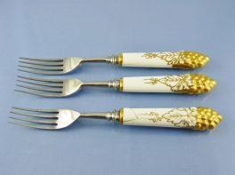 Tenedores con mango de porcelana de 1931.