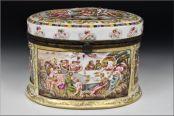 capodimonte cofre siglo XIX decorado querubines y personajes foto 2