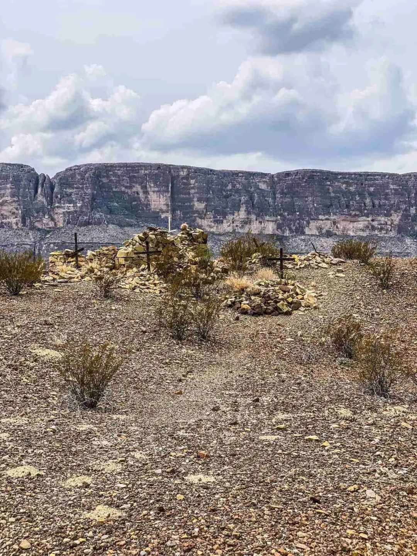 cemetary ruins of terlinga abajo in big bend