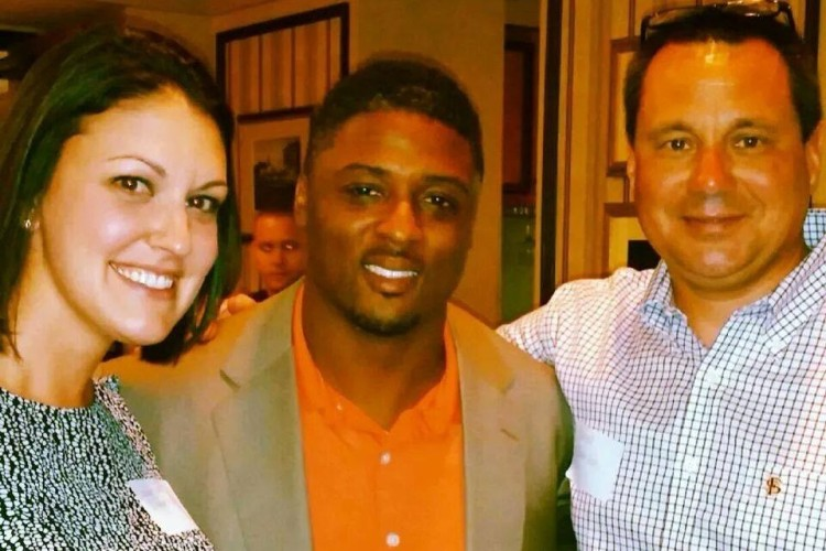 Warrick Dunn and Big Bend Habitat
