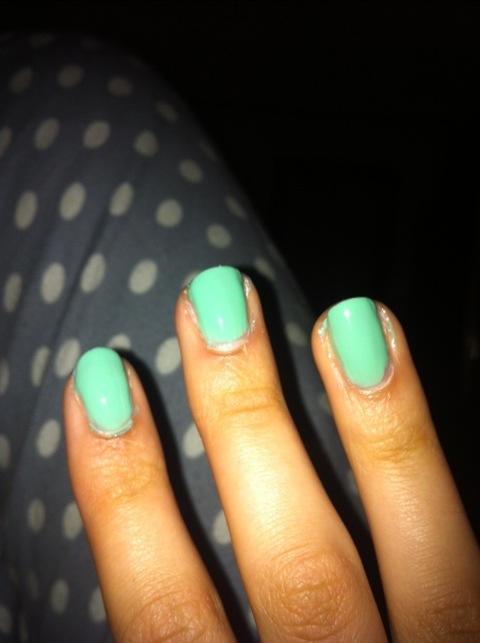 Marina and the Diamonds- Homewrecker nails (5/6)